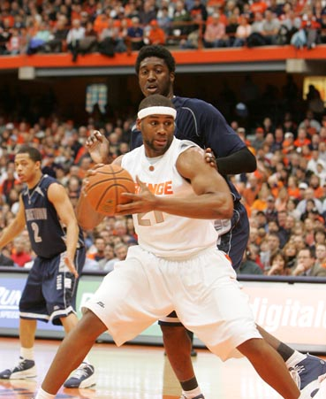 Arinze Onuaku Syracuse Orange Basketball